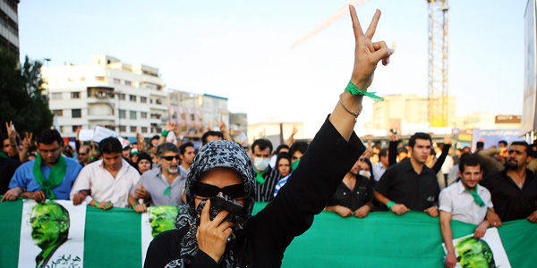 Do Twitter and Facebook support or undermine Irans Green reform movement?