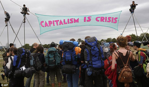 Around 1,000 protesters arrived at Blackheath common in south London yesterday to for the fourth annual week-long Climate Camp.
