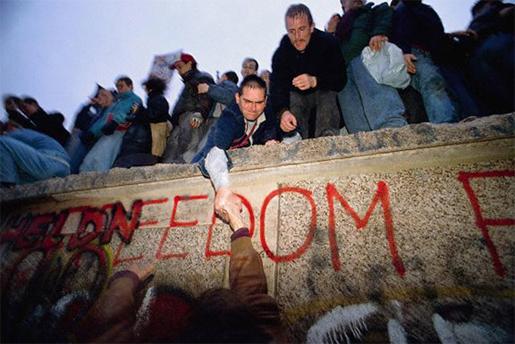 fall-berlin-wall