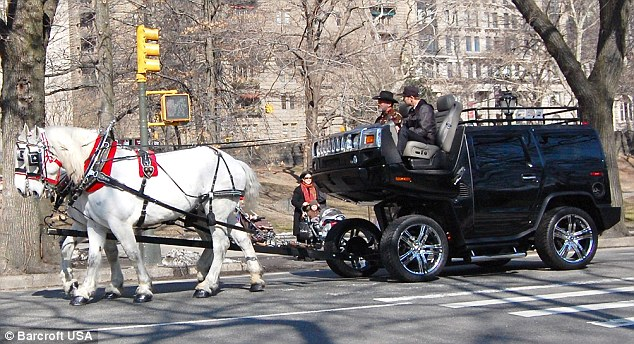 New York artist creates horse-drawn Hummer - Waging Nonviolence