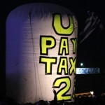 Glastonbury-U2-tax-protes-007