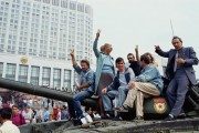 Muscovites mount a tank during the protests against he 1991 attempted coup in Russia. Photo by Shepard Sherbell / Corbis, via TIME.