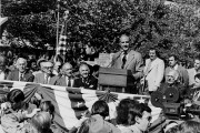 George McGovern speaks to many International Ladies Garment Workers Union (ILGWU) supporters at an open-air campaign rally on October 15, 1972. (Flickr/Kheel Center, Cornell University)