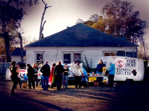 The Free Store in the Houston neighborhood of Manchester. (Tar Sands Blockade)