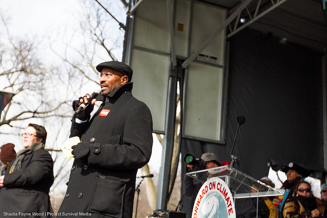 Van Jones addresses the crowd at the Forward on Climate rally in Washington, D.C. (Flickr/Shadia Fayne Wood, Project Survival Media)