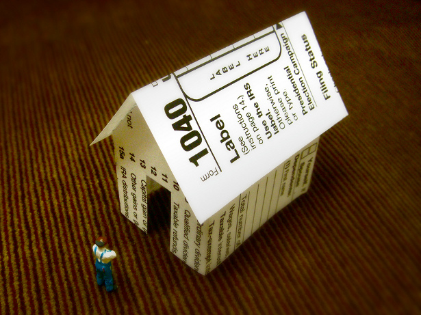 """""""Considering the Tax Shelter."""" (Flickr/JD Hancock)"""
