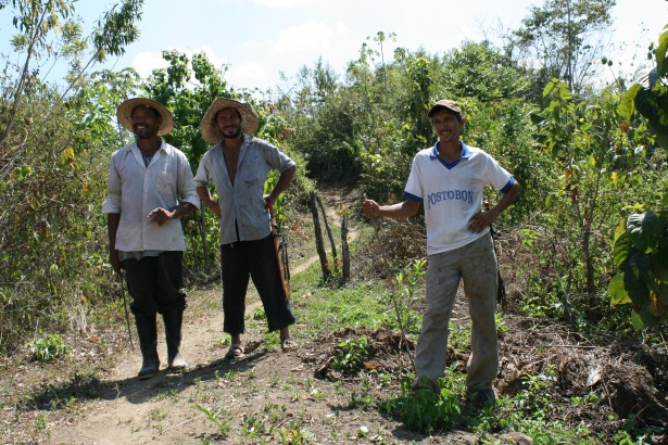 A group of campesino leaders in  a remote community in the interior of the Montes of Maria. (WNV/Anna Vogt)