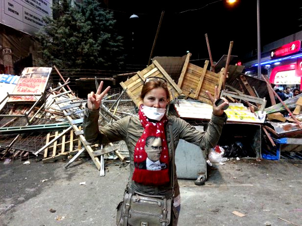 Woman at the barricades in Taksim Square, Istanbul. (Twitter/Justin Wedes)