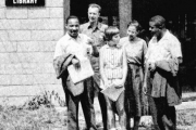 Rev. Martin Luther King Jr., Pete Seeger, Charis Horton, Rosa Parks and the Rev. Ralph Abernathy at the Highlander Center in 1957. (Pete Seeger)