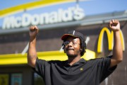 Carlos Jefferson, on strike in Milwaukee. (Left in Focus/Bryan MacCormack)