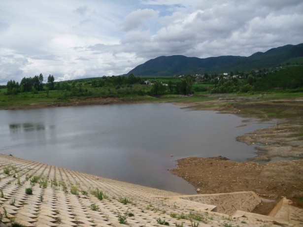 The reservoir at Jiuan Cun. (WNV / Sam Koplinka­Loehr)