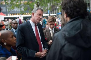 Public Advocate Bill de Blasio visits Occupy Wall Street at Zuccotti Park in 2011. (NY Daily News/Craig Warga)