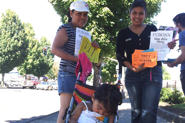 Marisol and Norma spread the word about their campaign. (Portland Independent Media Center)