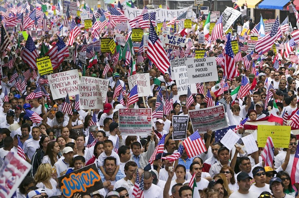 Immigration Reform >> Protests for immigration reform expected in 100 cities Saturday - Waging Nonviolence