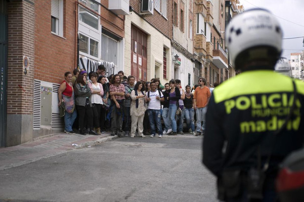 An eviction blockade in Madrid. (Diagonal/Álvaro Minguito)