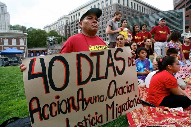"""NSM held an """"un-barbecue"""" on July 3, 2013 in front of Independence Hall to call attention to the fast for immigration reform and against Philadelphia's deportation programs. Immigrants and allies argued that there was no liberty and justice for immigrants in the U.S. (WNV/ Harvey Finkle)"""