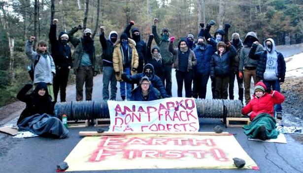Anti-fracking activists who participated in the Shalefield Justice Spring Break blocked a fracking operation in central Pennsylvania last month. (SJSP / Tom Jefferson)
