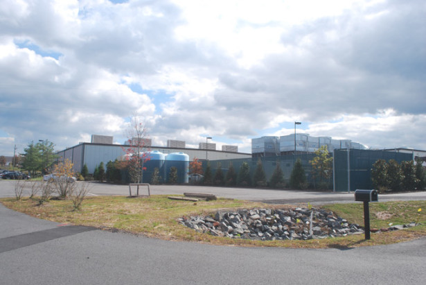 What is probably an Amazon data center in Sterling, Va. (WNV/Ingrid Burrington)