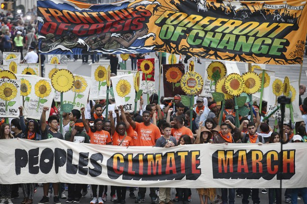 The front of the People's Climate March (Flickr / John Minchillo)