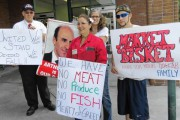 Market Basket workers protest in support of their fired former CEO Arthur T. Demoulas. (girardatlarge.com)