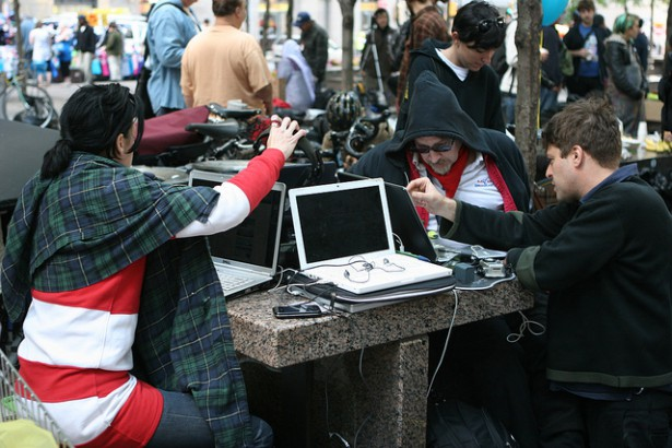 Occupy Wall Street activists ar Zuccotti Park in September 2011. (Flickr / Paul Weiskel)