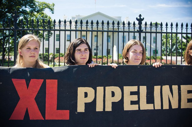 Pipeline opponents taking part in two weeks of sit-ins outside the White House in 2011. (Flickr / Josh Lopez)