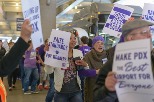 SEIU 49 members taking action to support PDX airport workers. (Facebook / Our Airport)