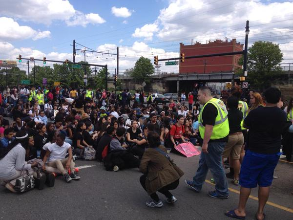 Students in Newark block the street on May 22. (Twitter/ Blue Jersey)