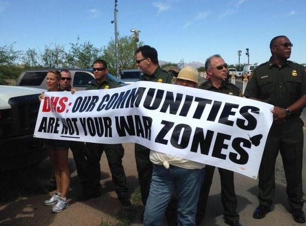 Protesters at the Border Patrol checkpoint in Arivaca, Arizona on May 27. (Twitter/No More Deaths)