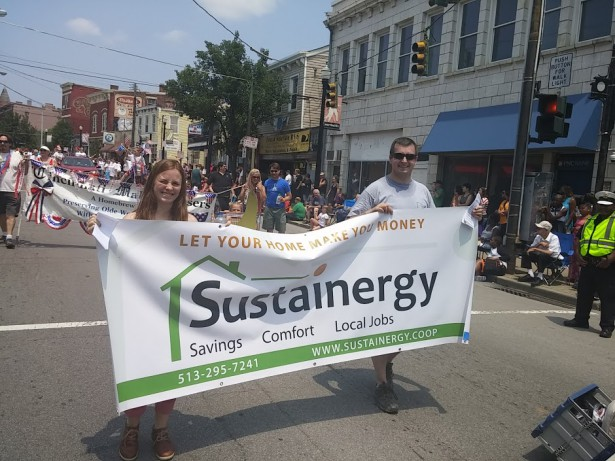 Sustainergy participated in a July 4 parade in Cincinnati. (WNV/Flequer Vera)
