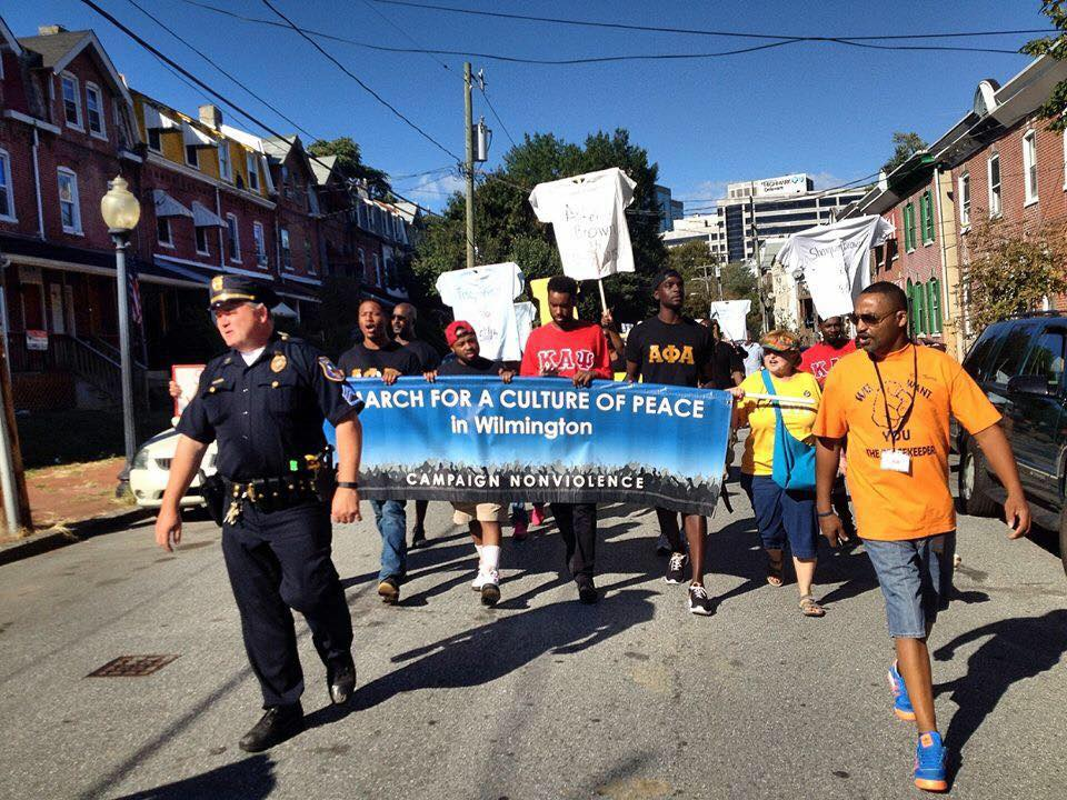 violent and nonviolent campaigns in public demonstrations