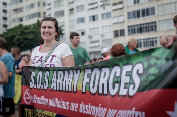 Una marcha a favor de la destitución en São Paulo el 15 de agosto (Mídia NINJA / Jornalistas Livres)(WNV/Mídia NINJA)
