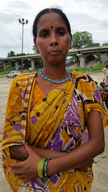 Nivada Debi at the Lucknow rally against the imprisonment of the opponents of the Kanhar dam in July 2015. (WNV/Pushpa Achanta)