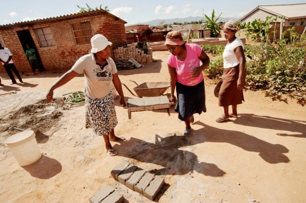 A women-run brick making factory in Ferro Village. (WNV / Caleb Chirano)