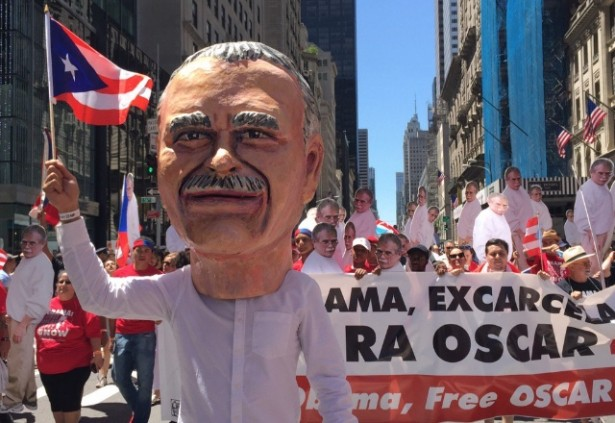 Oscar Lopez Rivera supporters march in New York City's Puerto Rican Day Parade on June 12. (Twitter / Arlene Dávila)