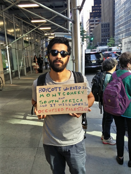 A protester at the march on June 9. (WNV/Tekendra Parmar)