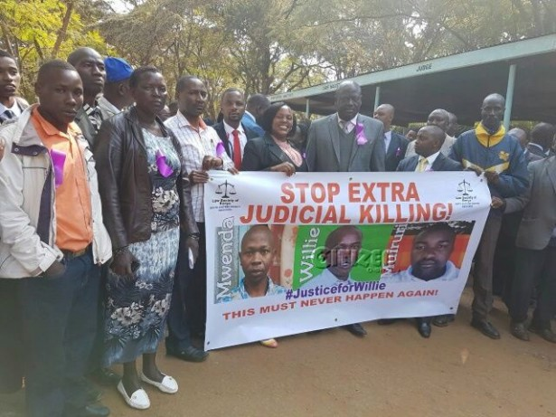 protesters (Facebook / Law Society of Kenya)