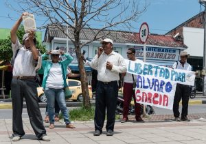 A rally calling for the release of community leader Álvaro Garcia in El Guyabo. (Christian Peacemaker Teams)