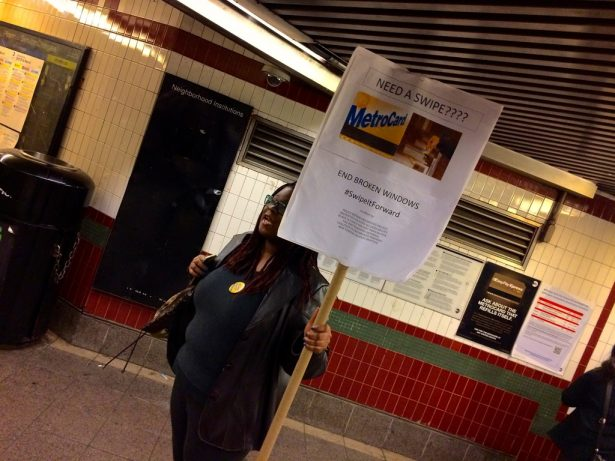 Anti-racist and anti-police activists protest Broken Windows policing of fare-beating. (WNV / Ashoka Jegroo)
